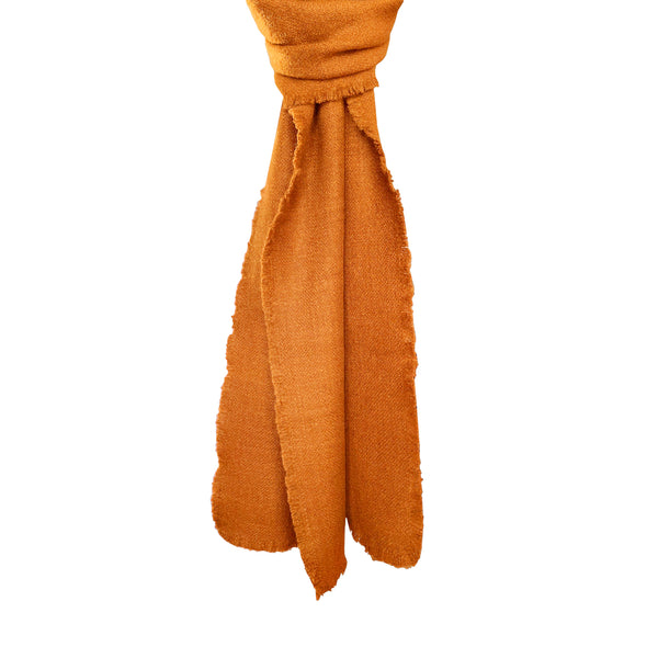 Denis-Colomb-Lifestyle - Cashmere-Four-Sided-Fringe-Scarf