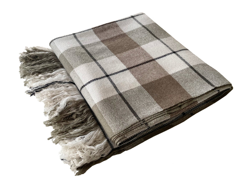Denis-Colomb-Lifestyle - Cashmere-Horo-Blanket