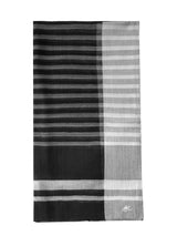 Mousson Stripe Shawl Black White Lines Fold e4f37961-bd77-477c-8a1c-e3c2163e65c2