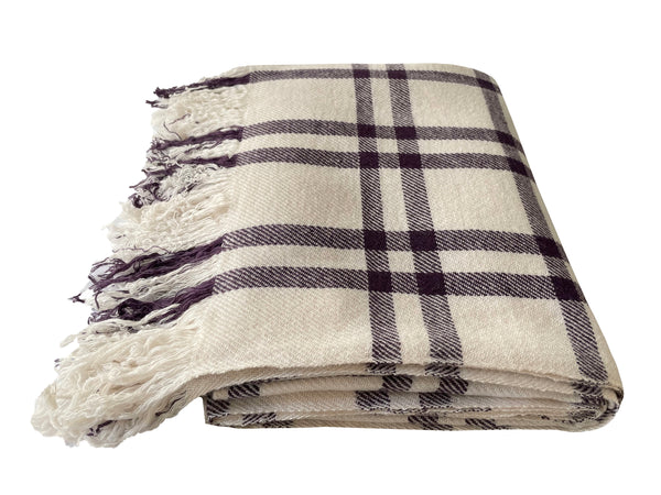Denis-Colomb-Lifestyle - Cashmere-Nara-Blanket