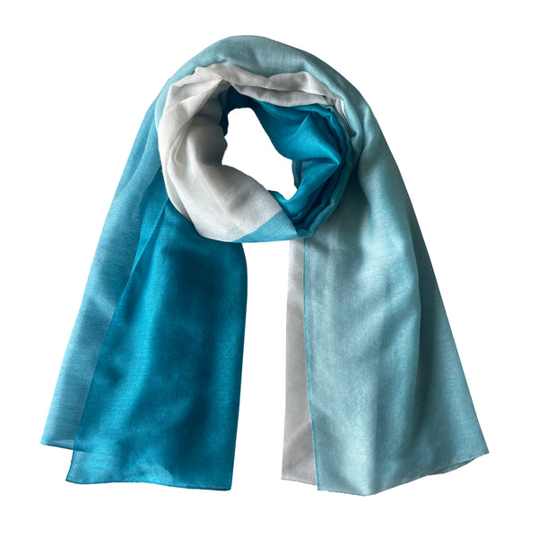Denis-Colomb-Lifestyle - Cashmere-Silky-Cloud-Two-Tone-Shawl