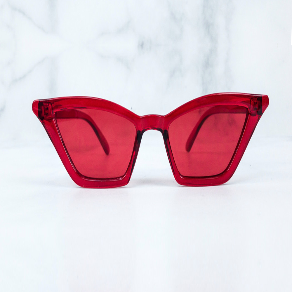 Red sunglasses w/ black pouch