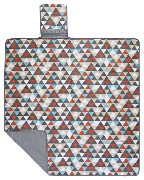Skip Hop Central Park Outdoor Blanket & Cooler Bag Triangles