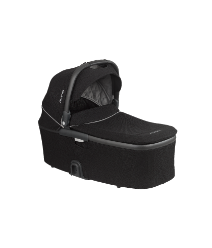 DEMI Grow Bassinet three quarter angle