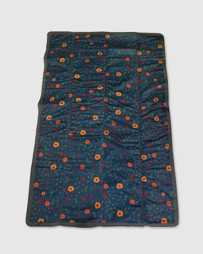 Outdoor Blanket - Midnight Poppy 5x5