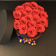 Load image into Gallery viewer, Beautiful Fabric Bow Hatbox Arrangement