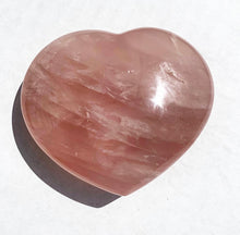 Load image into Gallery viewer, Large Rose Quartz Heart