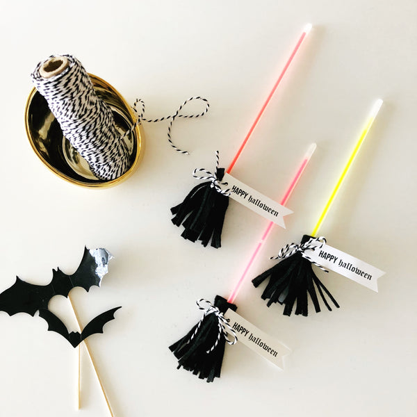 GLOWSTICK BROOM - NO CANDY HALLOWEEN TREAT - STYLED