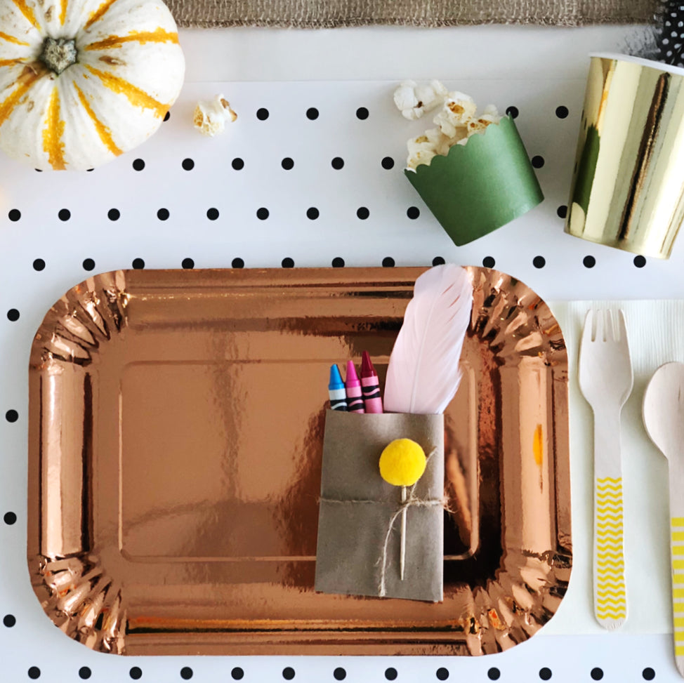 how to set up an interactive kids table they'll love this thanksgiving
