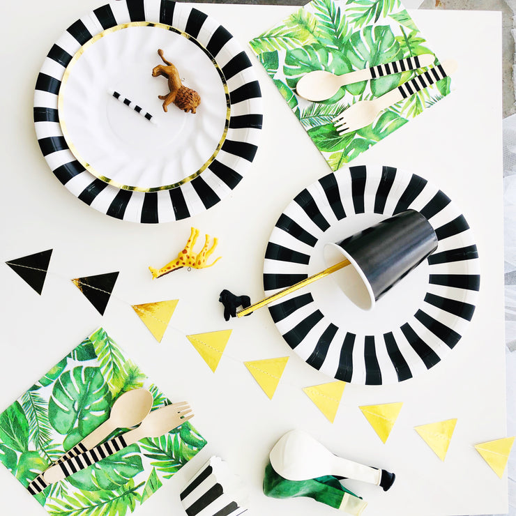 Party Plate - Black and White Stripe - 9''