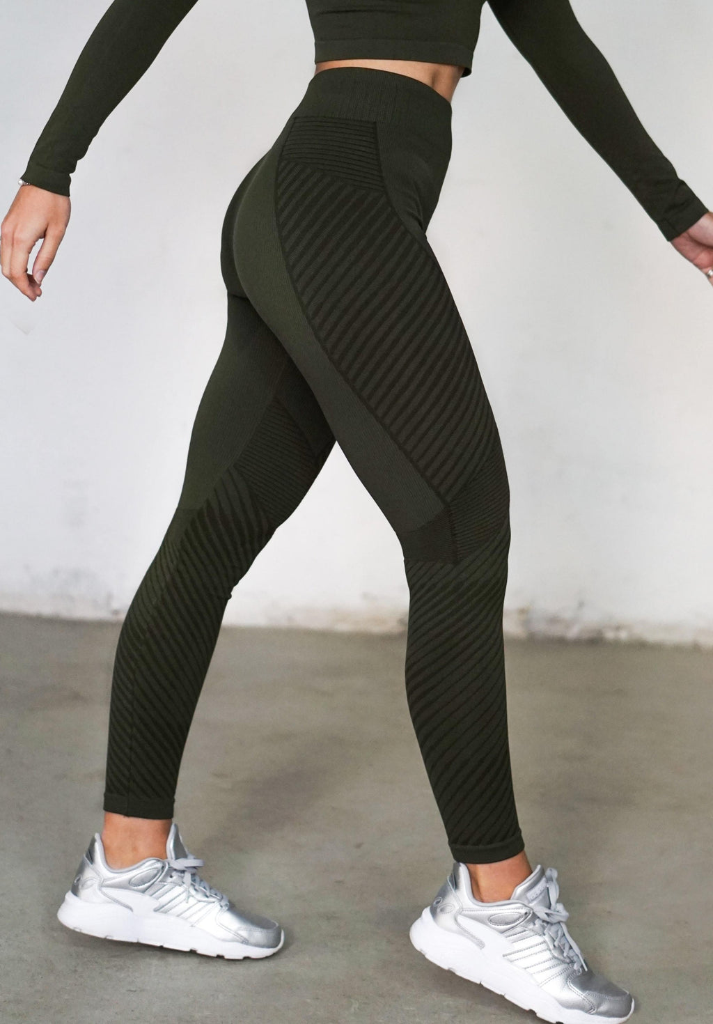 Antares Leggings - Military Green - Sold Out