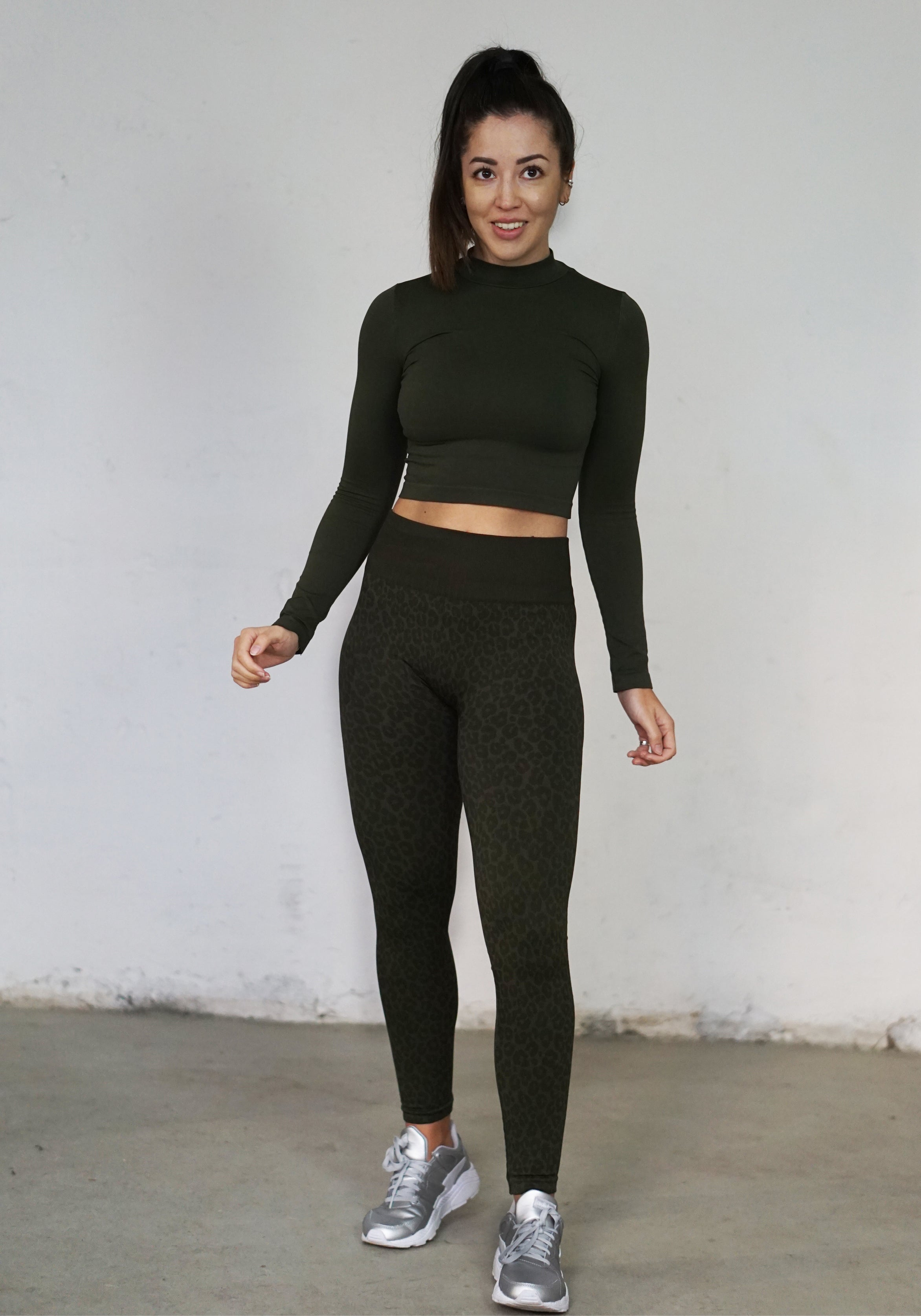 Cahira Long Sleeved Crop Top