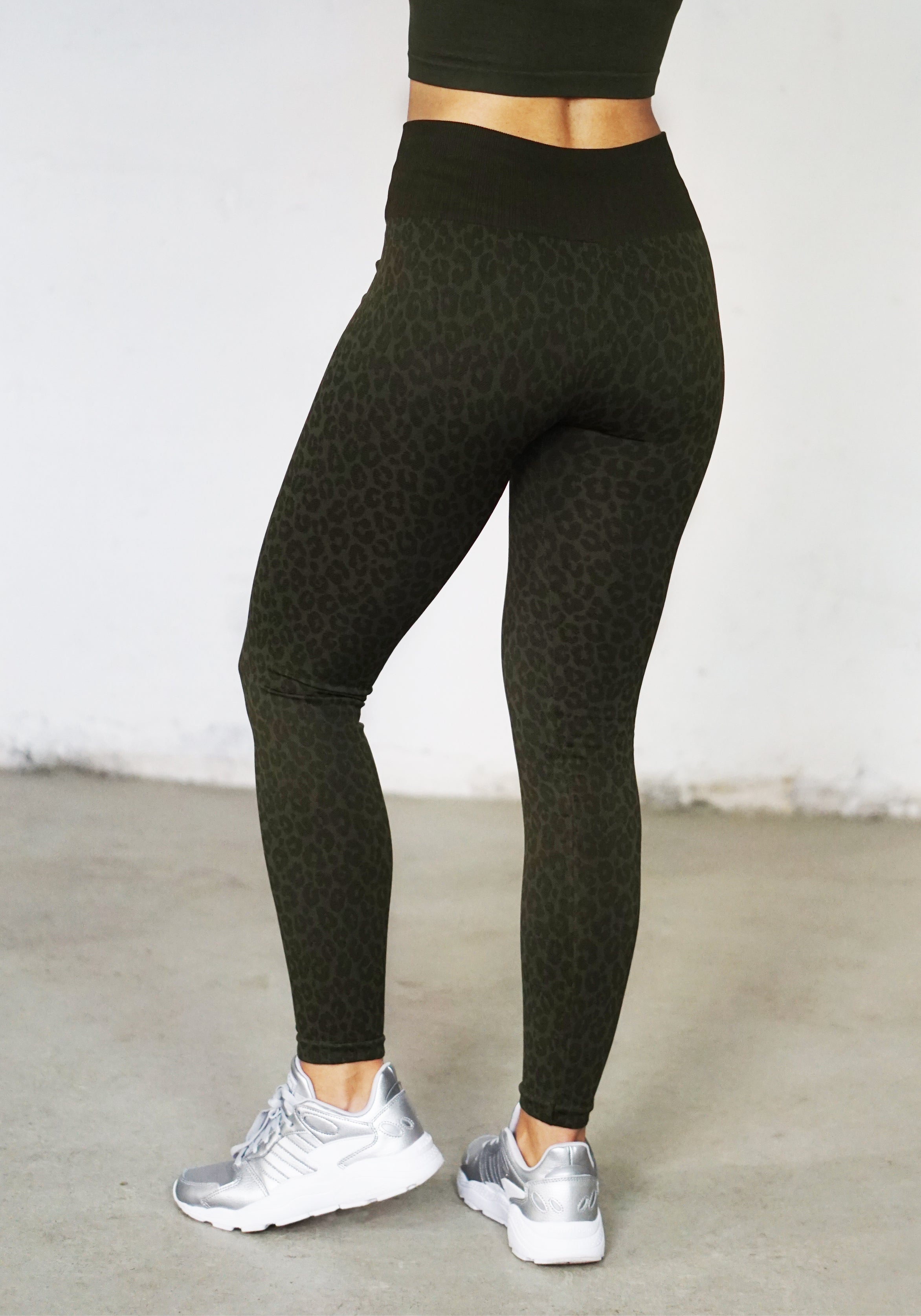 Kahina Leopard Print Leggings -Military Green