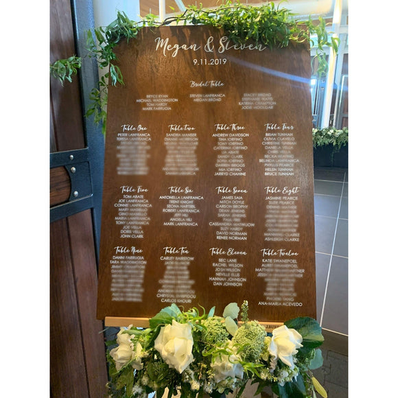 Table seating plan with acrylic lettering