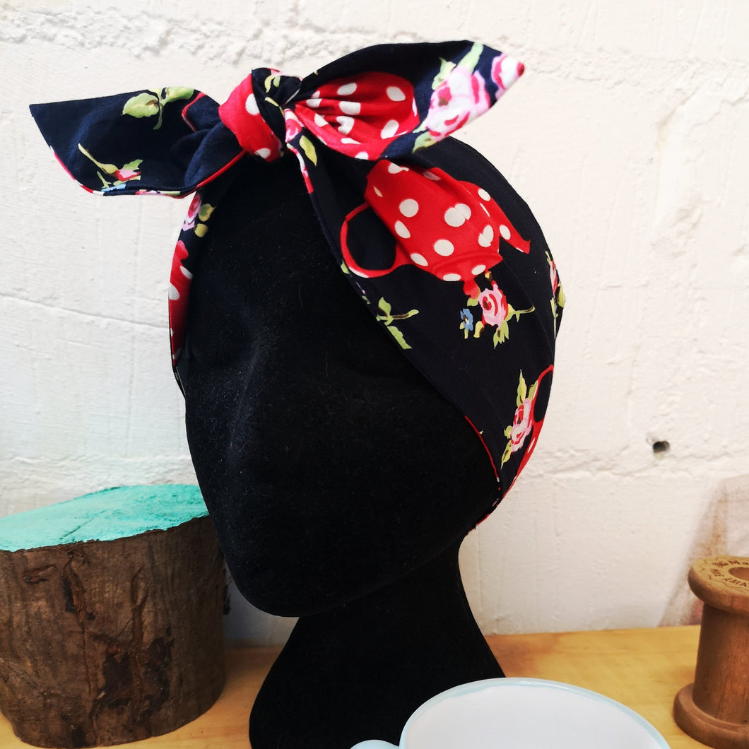 Headscarf in navy teapot cotton