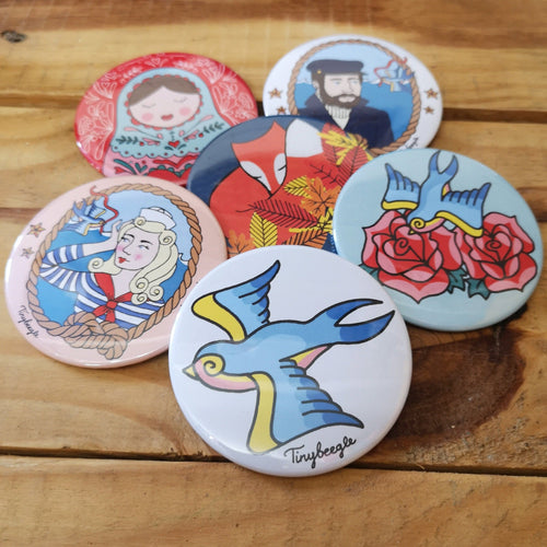 Pocket mirrors featuring original illustrations