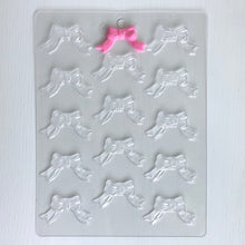 "Load image into Gallery viewer, RIBBON BOW 2"" CHOCOLATE MOLD"