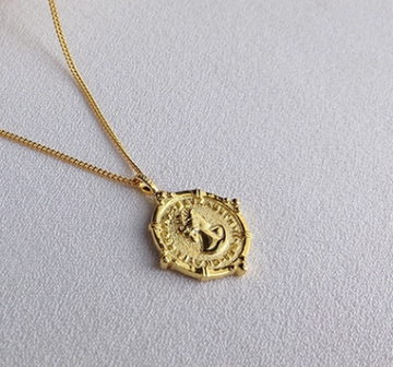 English Coin pendant necklace - Gold