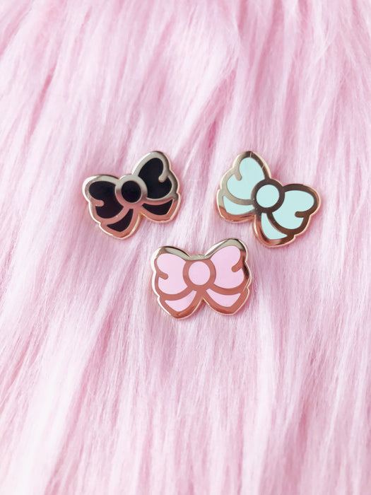Essentials Enamel Pin • Bows - Enamel Pin - The Pink Samurai