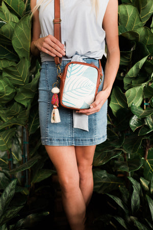 Hawaiian Aloha Travel Pouch - Mila Roads