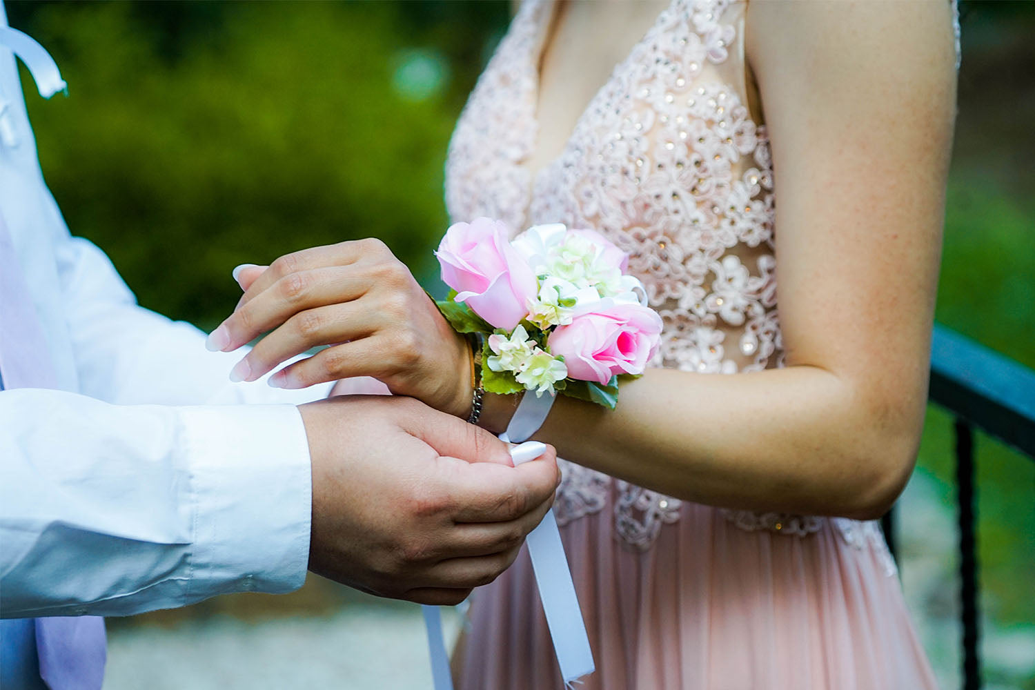 Five Tips to Help Your Teen Stay Safe on Prom Night
