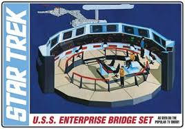 Amt 1/32 Star Trek Bridge Set Plastic Model