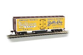 Bachmann HO Track Cleaning 40ft Wood Reefer with Removable Dry Pad - Ready to Run - Evansville Packing Co. #63 (yellow, Boxcar Red, white, black)