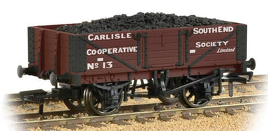 Bachmann OO 5 Plank Wagon Wooden Floor Carlisle Co-Op With Load