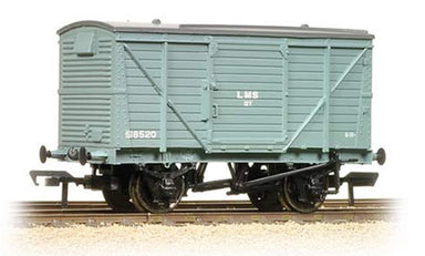 Bachmann OO 12 Ton Planked Ventilated Van Lms Grey