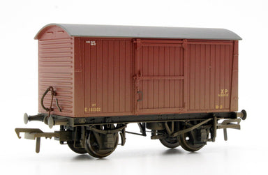Bachmann OO 12 Ton Non-Ventilated Van Br Bauxite (Early) Weathered