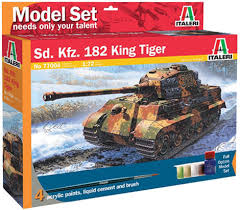 Italeri 1/72 Sd. Kfz. 182 King Tiger Model Set