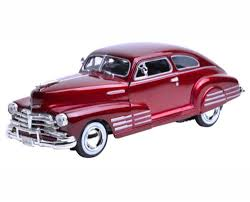 Motor Max 1/24 1948 Chevy Aerosedan Fleetline Red