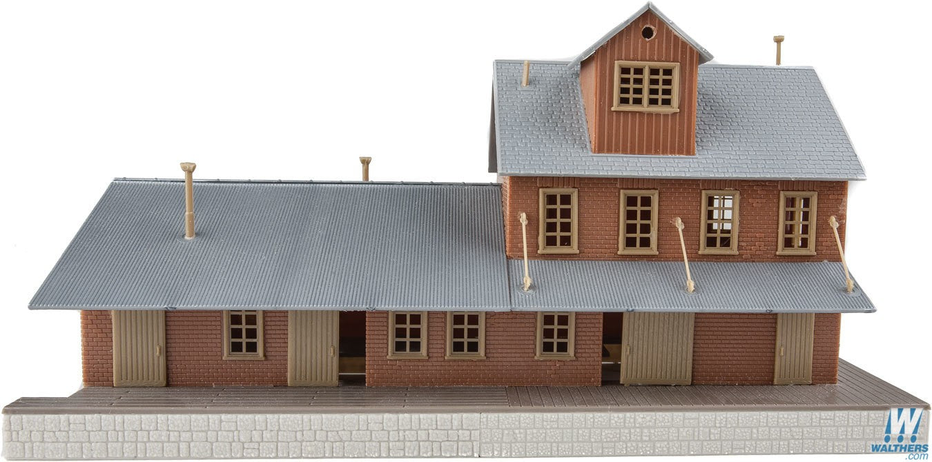 Walthers Trainline HO Brick Freight House - Kit