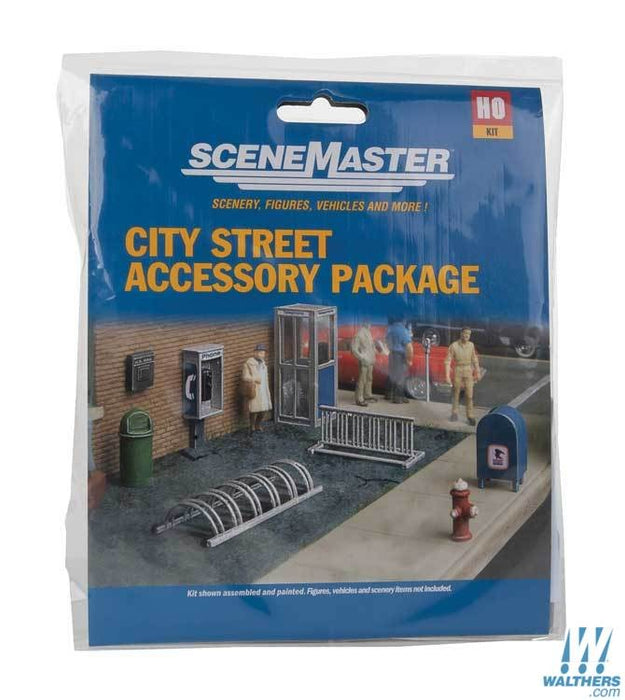 Walthers SceneMaster HO City Street Accessory Package - Kit