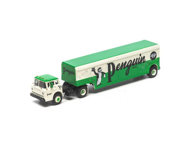 ATHEARN HO Ford C truck w/Beverage Trailer, Penguin Ginger Ale