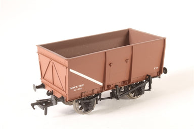 BACHMANN HO 16T SLOPE SIDED MINERAL WAGON M.O.T BROWN
