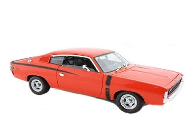 OZ LEGENDS 1/24 CHRYSLER VALIANT CHARGER RT E49 RED