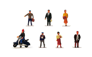 Hornby R7115 City People