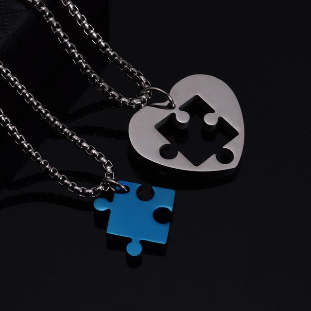 COUPLE PUZZLE HEART NECKLACE