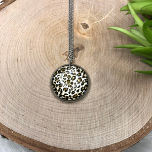 Round Leopard Necklace