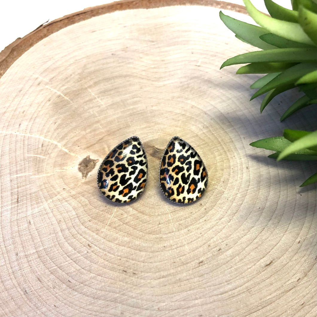 Tear Drop Leopard Earrings