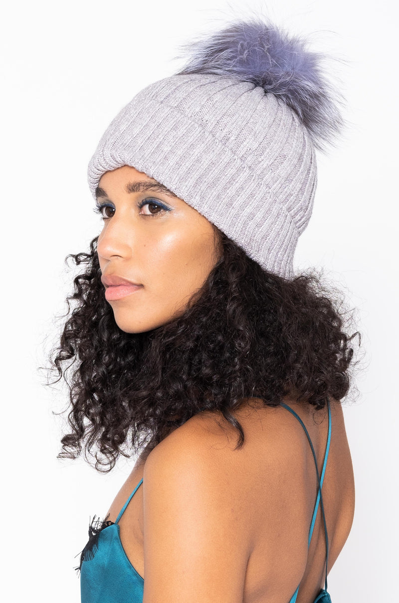 METALLIC HAT POMPOM