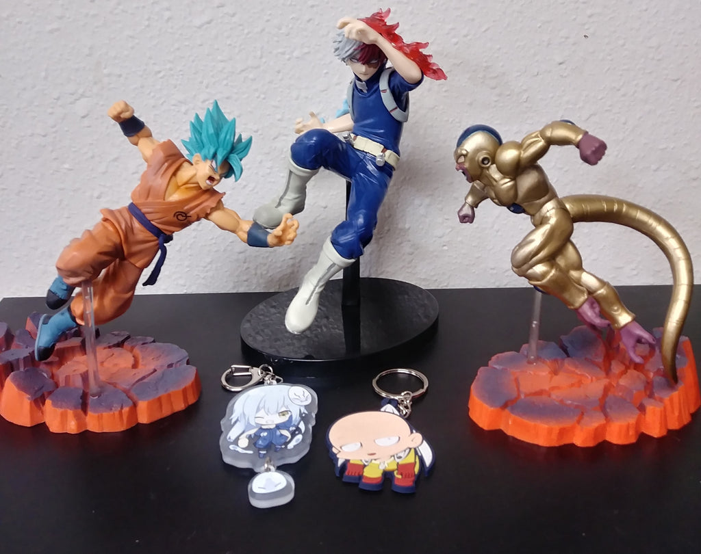 New figures and Keychains in Stock