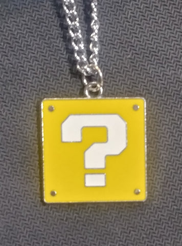 Necklace Mario ? Block