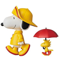 UDF PEANUTS シリーズ7 RAINCOAT SNOOPY & WOODSTOCK