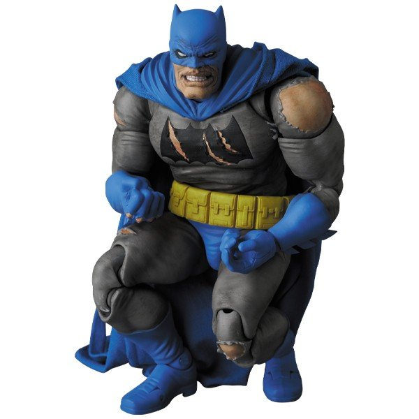 MAFEX BATMAN (TDKR:The Dark Knight Triumphant)