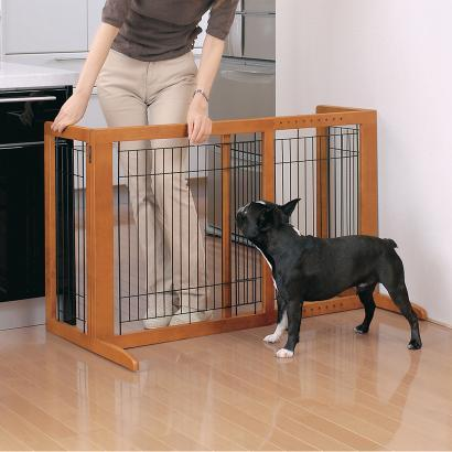 Richell Freestanding Pet Gate HS For Small To Medium Dogs 6.5 to 33 lbs