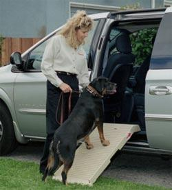 Image of PetStep PS-223 Polypropylene and Fiberglass Half Step Dog Ramp