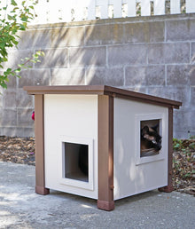New Age Pet® Albany Feral Cat Shelter