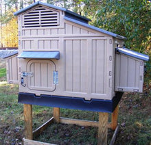 Snap Lock Large Chicken Coop For Up To 12 Chickens